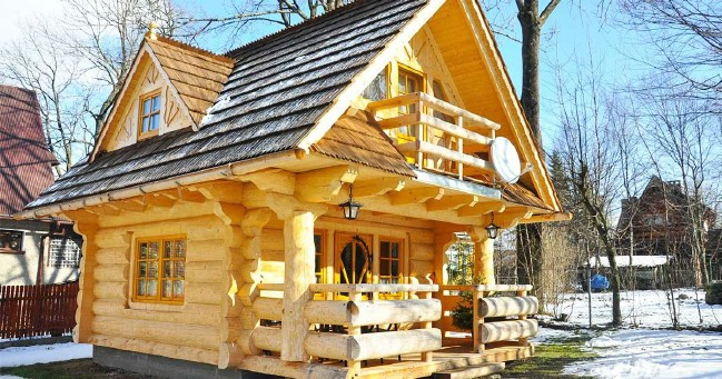 A 296 Sq Ft Handmade Tiny House (with Plans)