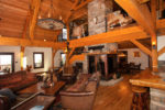 Lovely Horse Barn with Living Space