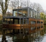 28 Houseboats That are Perfect for Relaxation