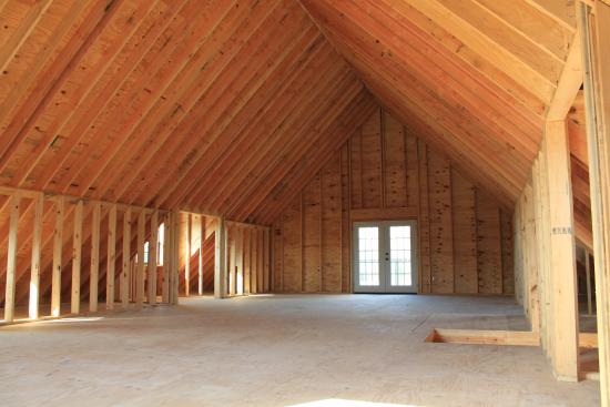 Outstanding 36×48 Pole Barn Home with Porch – Building