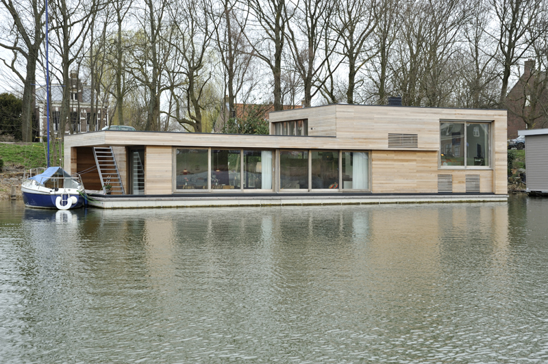 Fantastic Floating Home