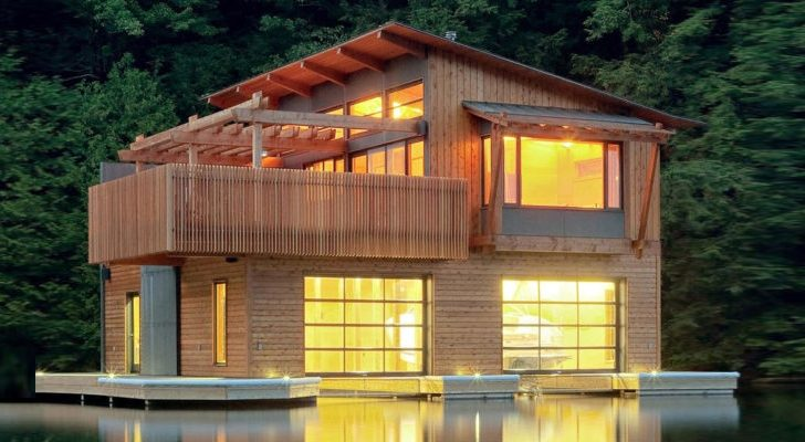 Living in this Modern Boathouse