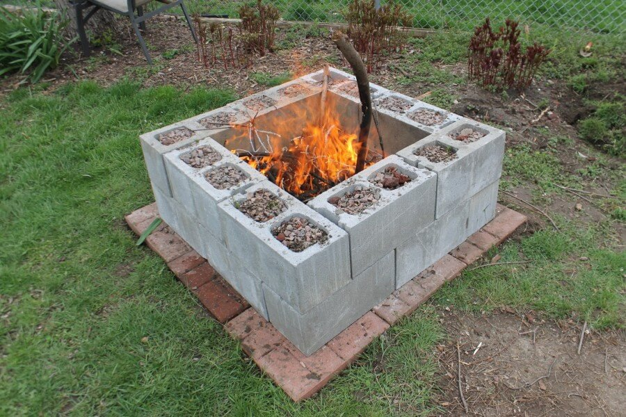 27 Creative DIY Firepit Ideas for Your Yard