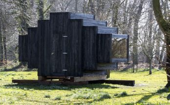 Small Architecture Inspired by the First Mobile Homes