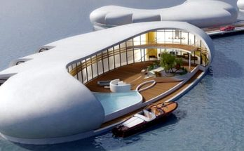 Houseboat Or Condo-Boat