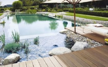 How to Build an Environmentally Friendly Swimming Pool